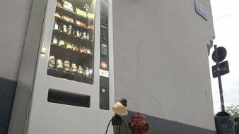 Le distributeur