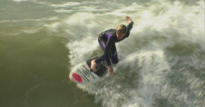 Regarder: Timmy et le surf