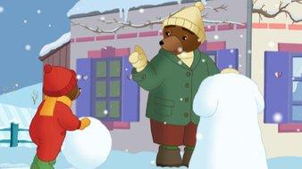 Petit Ours Brun fait un bonhomme de neige